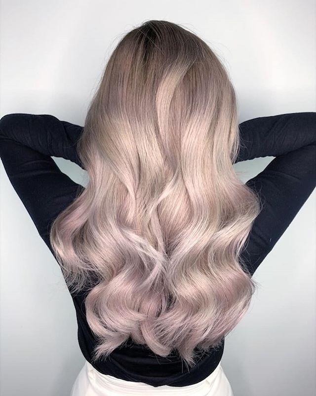 Par vopsit blond pastelat 2019