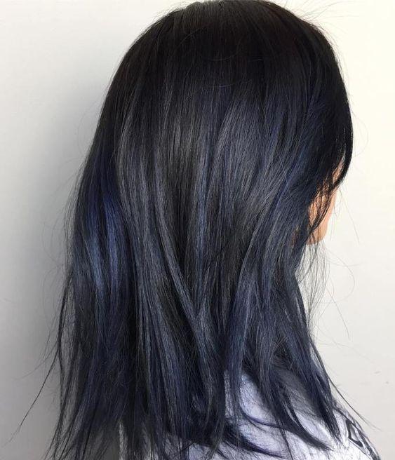Modele par vopsit negru cu nuante de albastru