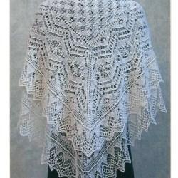 Вязание шали спицами.