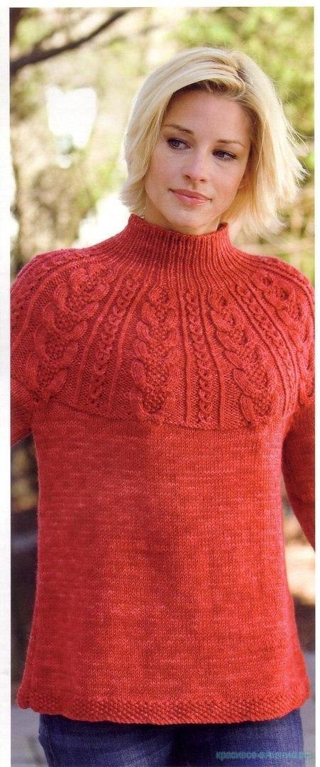 Стильный свитер спицами.