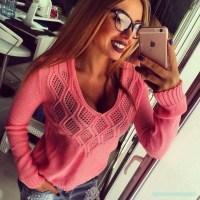 Вяжем стильный пуловер спицами