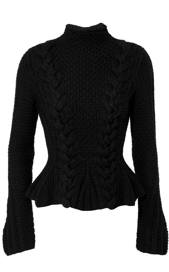 Модный свитер спицами