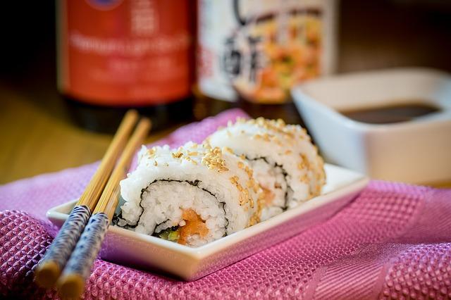 妊婦と寿司