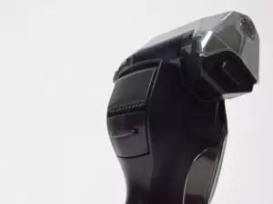 日立旋轉式電動刮鬍刀-9