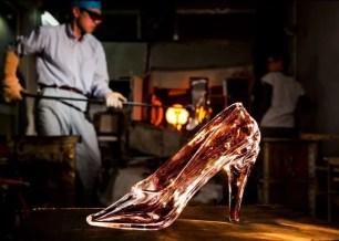 妳也可以成為穿上玻璃鞋的灰姑娘