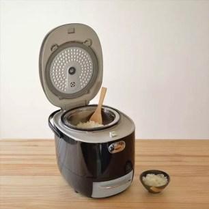 跨時代的「醣質Cut電鍋」在家就能炊煮出香Q又低醣的米飯囉!