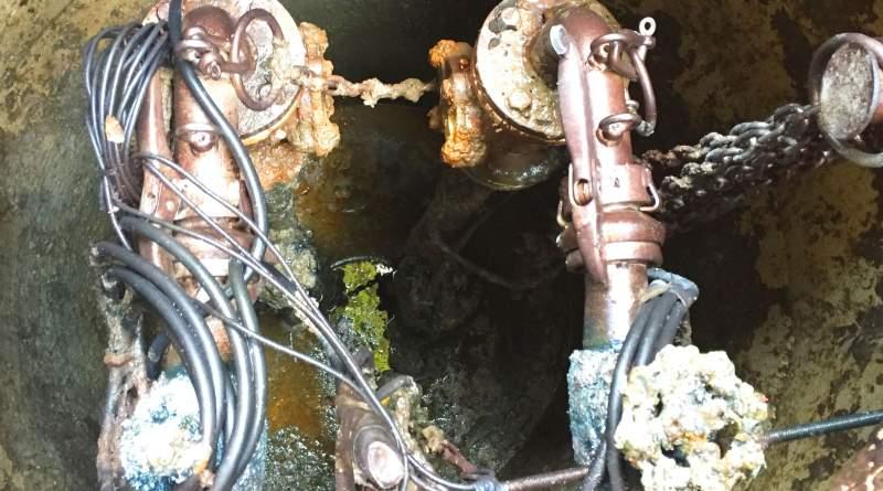 【鎌倉】汚水ポンプ2台の交換工事