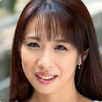 冴木真子 (さえきまこ / Saeki Mako)