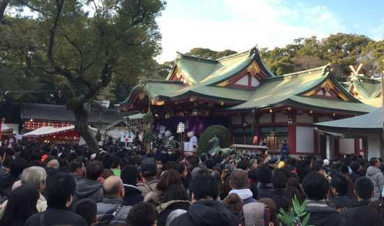 西宮神社十日えびす境内混雑