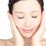 ニキビを治すためにも化粧品は定期的に変えるべき?