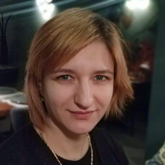Арина Штернберг