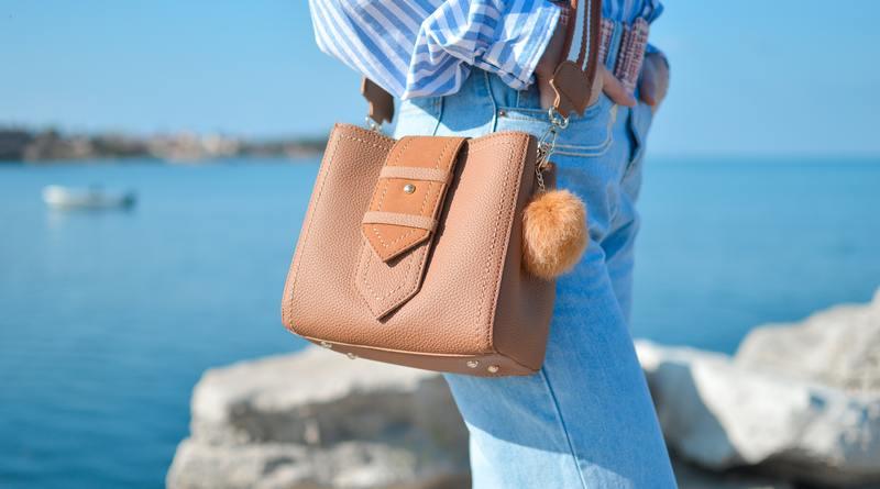 Естествена кожа за дамска чанта