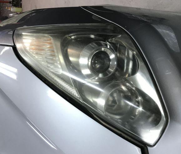 トヨタ ウイッシュ ZNE11W ヘッドライト磨き!黄ばみ 曇り取り 施工前