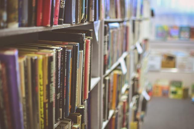 bøker bibliotek