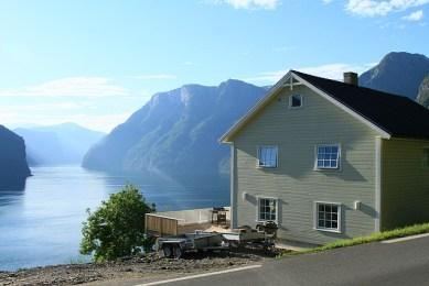 bolig fjord natur