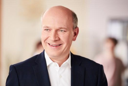 Kai Wegner Bundestagswahl 2017 - Kandidatenmeinung Bürohund