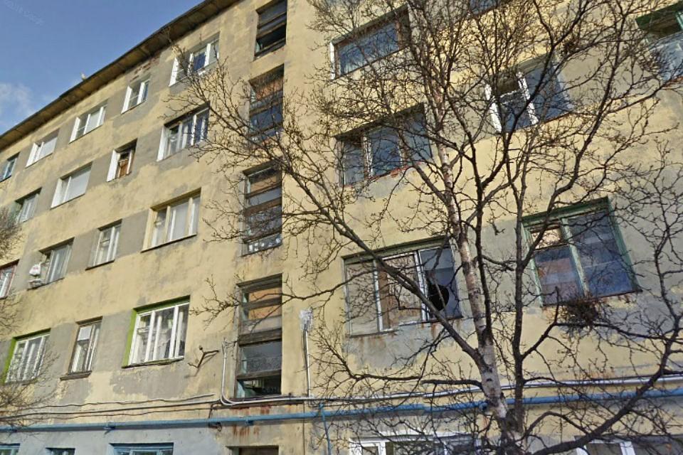 В доме №4 на улице Подстаницкого воспламенилась газовая труба. Фото: Google
