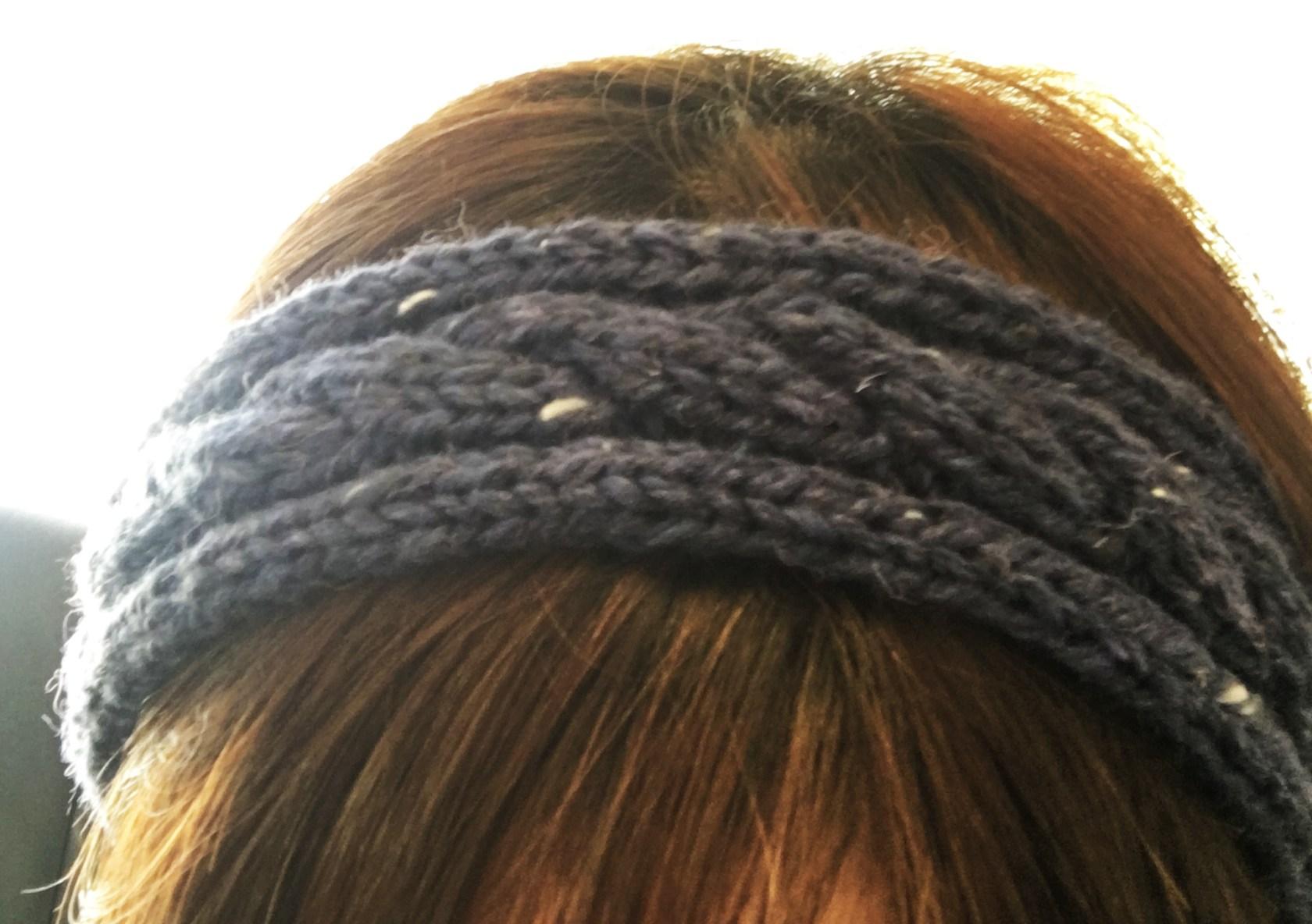 【DAISO毛糸】ケーブル編みニットヘアバンドを編んでみたお話【フリー編み図あり】