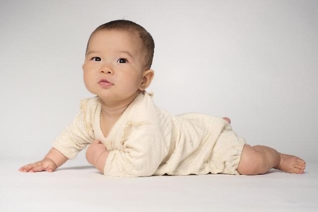 赤ちゃん 春 服装