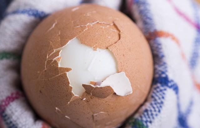ゆで卵 むき方 簡単