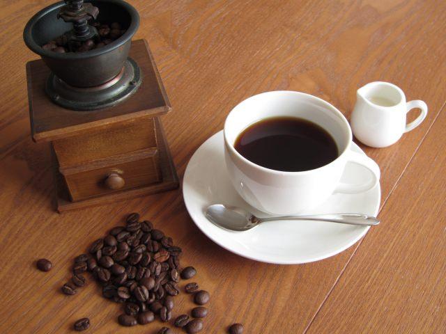 コーヒー カフェイン中毒