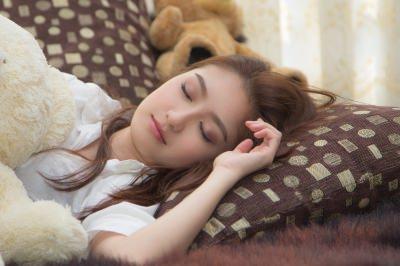夜 すぐに眠れる方法