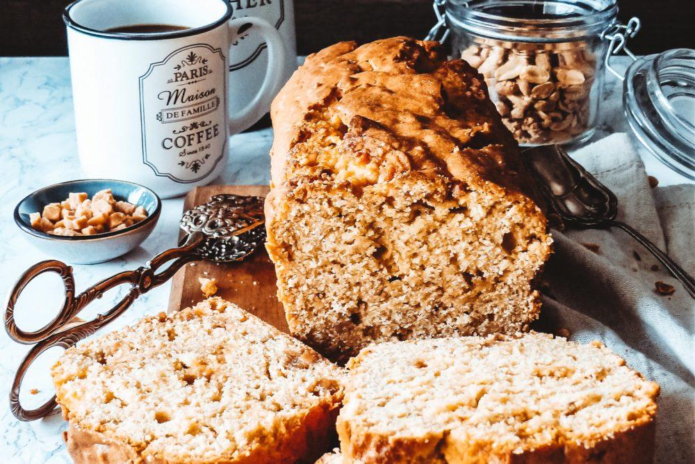 Erdnussbutter Kuchen mit Caramel Fudge