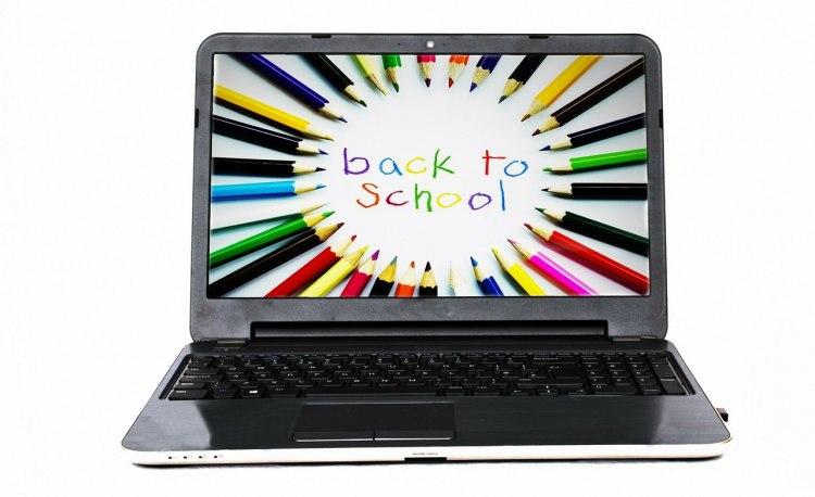 Digital-Rundum-Paket für Schulen