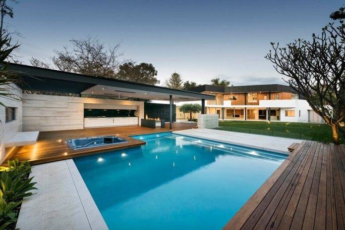 casa reformada con piscina