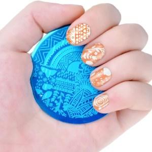 diseños de uñas con acero