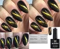 uñas negras decoradas