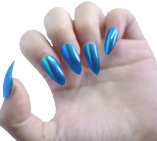uñas en salón prediseño mujeres garra montaña pico mermeid cielo azul