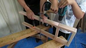 10歳の息子と棚を作る5 (19)