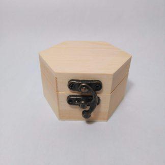 Caja hexagonal pequeña