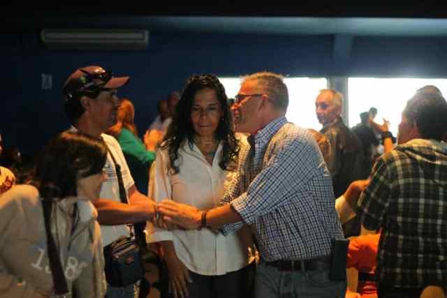 Alcalde Josy Fernández oficializó apoyo a la plancha de La Fuerza del Cambio