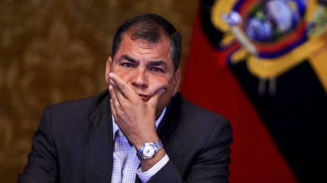 Dictan prisión preventiva para expresidente de Ecuador, Rafael Correa