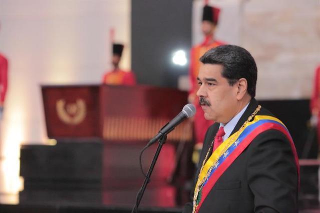 Maduro suspende diálogo con oposición por «apoyo» de Guaidó a bloqueo de EEUU