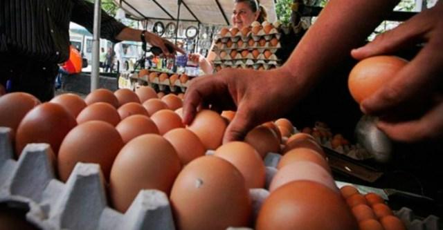 Por unidad tequeños compran huevo ante altos precios