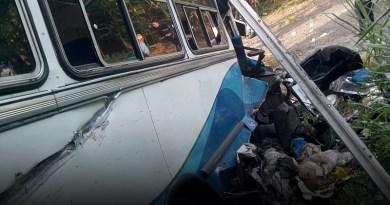 Un herido dejó accidente de autobús en el km 33 de la Panamericana