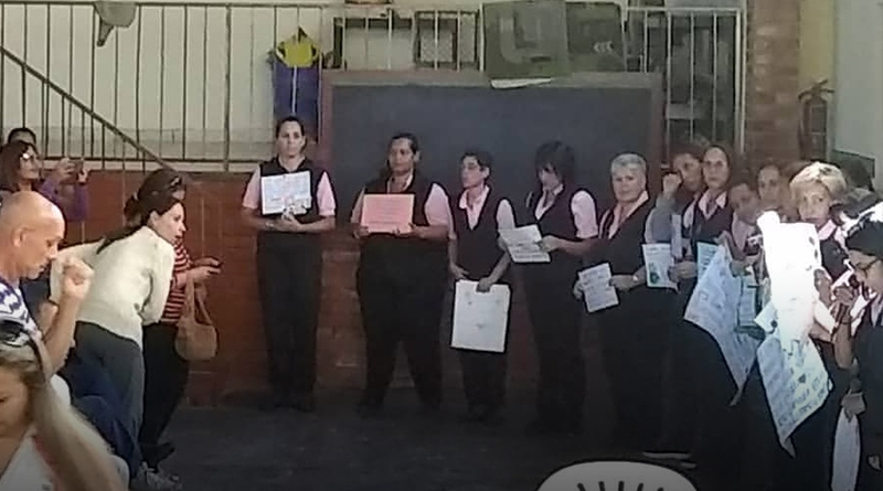 Docentes del Colegio Jesús Adolescente de Carrizal protestaron por bajos sueldos