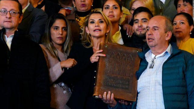 La Biblia y la religión en la grave crisis que vive Bolivia