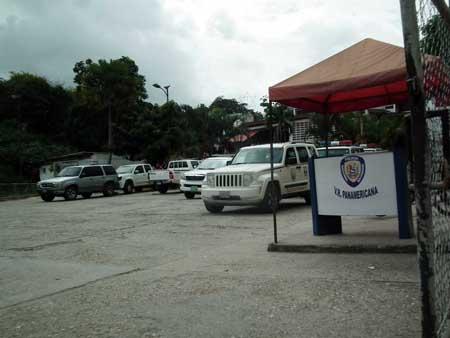 Familiares denuncian hacinamiento en CDP improvisado en sede de PNB de Los Teques