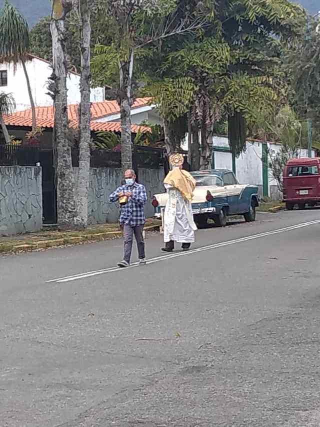 Jesús Sacramentado recorrió calles de Caracas desoladas por cuarentena