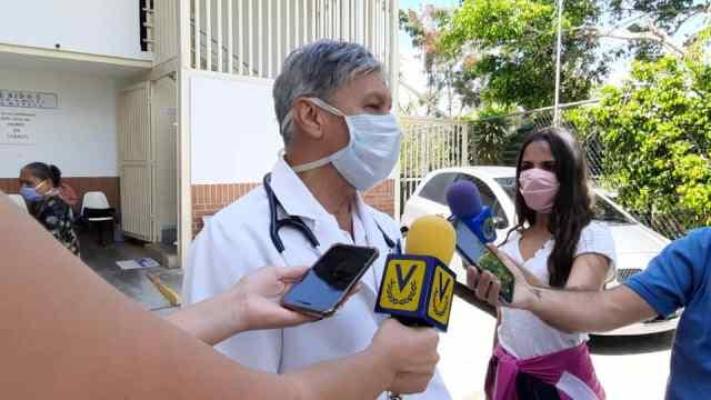 Miguel Quintero, médico neumonólogo  «Estamos en una fase exponencial del virus, en junio podría llegarse a 2 mil casos diarios»