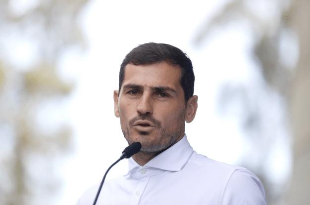 Estrellas del fútbol reaccionan con elogios al retiro de la leyenda Iker Casillas