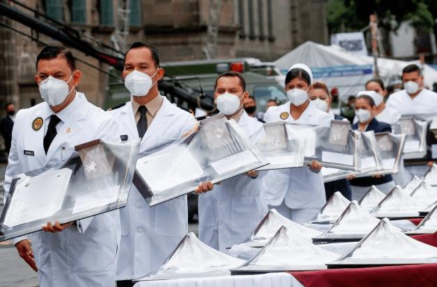 OMS eleva a 4 millones la cifra de trabajadores sanitarios en el mundo afectados por Covid-19