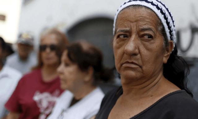 """Maduro se burla de los pensionados y jubilados con un miserable bono de """"aguinaldo"""""""