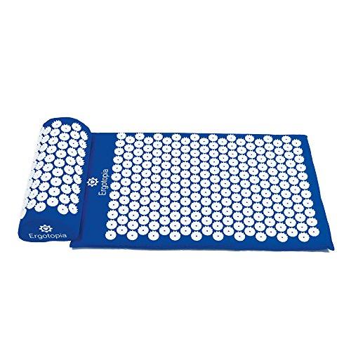 Ergotopia Akupressurmatte zur wohltuenden Entspannung/Massagematte für ruhige Momente und bessere Durchblutung/Inklusive Akupressurkissen (Blau, 68 x 42cm)