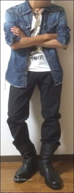 アクセサリー ジーンズジャケット 上着 コート フード サロペット オーバーオール ジャンパー 長袖シャツ アイテム ネックレス ジャケット ブーツ タイツ グッズ ショルダーバッグ ウェア ズボン ハーフパンツ パーカー スニーカー Tシャツ トレーナー ディッキーズ ディッキーズ族 ディッキ族 ジーパン 長袖 半袖 バンT バンドTシャツ スキニー バンダナ 手を振る 目撃情報 写真 画像 記録 ファン グータッチ 憧れ 行為 行動 ランニング 終演後 公演後 TAKUYA∞ 清水琢也 出待ち ファンサ サロペットパンツ オーバーオール パンツ ズボン TAKUYA∞ UVERworld ウーバーワールド UVER ウーバー ファン 服装 マネ コスプレ 格好 黒色 黒系 ブラック 色 ディッキーズ Dickies ハーフパンツ ハーパン WANIMA ワニマ ファン 服装 格好 お問い合せ フォーム ボタン MUCC ムック ムッカー 夢烏 MWAM マンウィズアミッション マンウィズ ガウラー ファン ライヴ ライブ コンサート 問い合せ フォーム 連絡 読者 胸の前 身体 身につける 前方 前の方 エリア ゾーン スペース 混雑 危険 盛り上がり ライブハウス ライヴハウス 箱 ハコ 荷物 持ち物 北海道 函館市 ライブ ライヴ コンサート 遠征 旅行 観光 旅 GLAY グレイ TERU TAKURO JIRO HISASHI 小橋照彦 外村尚 和山義仁 久保琢郎 YUKI ユキ 磯谷有希 倉持有希 JUDY AND MARY ジュディアンドマリー ジュディマリ JAM ジャム 解散 再結成 理由 原因 準備 用意 マニュアル ノウハウ 説明 工夫 文章 写真 画像 アイキャッチ画像 ハウツー コンテンツ 画像バナー 画像リンク 便利 快適 小ネタ アイテム 物品 ネックピロー 首枕 首まくら ウエストピロー 腰枕 腰まくら マウスウォッシュ モンダミン 旅行 観光 ウェストポーチ ワンショルダーバッグ ボディバッグ バック