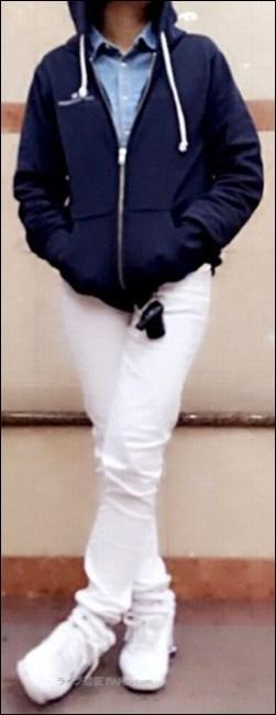 """スニーカー デザイン グッズ オリジナル 公式 Tシャツ 半袖 ラババン ラバーバンド スカート 長袖 シャツ 革ジャン チノパン ジャケット バンT バンドTシャツ ハーフパンツ ディッキーズ パーカー ファン ドロサー [Alexandros] アレキサンドロス [ALEXANDROS] ドロス アレキ ライブキッズ 野外 フェス スタイル 半袖 デザイン かわいい ちゃんMARI Tシャツ コポゥ グッズ アイテム パーカー スカート トレーナー タオル 首 タイツ スキニー ズボン パンツ スニーカー ボディバッグ ラババン ラバーバンド トートバッグ グッズ アイテム バンT バンドTシャツ ハーパン ハーフパンツ 川谷絵音 えのんくん えのんさん コスプレ ジーンズ リーヴァイス ファン コーデ 服装 ガウチョパンツ 川谷絵音 クレーム マナー 配慮 公式ツイッター アカウント 苦言 ゲス極 ゲスの極み乙女。 川谷絵音 休日課長 ちゃんMARI ほないこか さとうほなみ セカオワ SEKAI NO OWARI End of the World ENDer セカオ輪 ファン 質問 相談 問い合せ フォーム ボタン ワンオク ONE OK ROCK ディッキーズ チーム ディッキーズ族 危険 リスク 物販 アイテム ステージ 照明 ギャグ 秋元真夏 乃木坂46 ハーフパンツ タオル 完売 売り切れ グッズ オフィシャル 演奏 ライヴ ジーンズ Tシャツ ステージ セット 楽器 終演後 会場内 景色 危険 危ない 中央 前方 セキュリティ スタッフ フロア 開演前 混雑 盛り上がり 撮影 ファン 読者 質問 相談 ヤバいTシャツ屋さん ヤバT ロックバンド ファン BKW勢 まとめ 説明 紹介 お願い マナー 禁止 ルール メンバー 煽り サークルモッシュ リフト ダイブ モッシュ サークル アクセサリー アクセ ネックレス 長い キャップ 帽子 コール かけ声 フリ 振りつけ 振り付け ダイブ モッシュ サークル サークルモッシュ 危険 持ち物 手荷物 荷物 立ち位置 場所 中央 前方 横 わき 壁際 後方 公式 オフィシャル 商品 スキニー パンツ タイツ 半袖 バンT 長袖 ロンT ガウチョパンツ ハーフパンツ ハーパン トレーナー ジャンパー 半袖 フェス Tシャツ タオル BKW 番狂わせ ファン グッズ アイテム オーラル オーラルシガレッツ THE ORAL CIGARETTES ジオーラルシガレッツ Crossfaith クロスフェイス CF HEY-SMITH ヘイスミス ヘイスミ 読者 問い合せ 質問 相談 フォーム ボタン"""" alt=""""HEY-SMITH ヘイスミス ヘイスミ 読者 問い合せ 質問 相談 フォーム ボタン SiM シム レゲエパンクロックバンド 写真 動画 撮影 許可 貼り紙 告知 アナウンス 情報 アクセ アクセサリー メガネ 眼鏡 ネイル 爪 特定 曲 コール かけ声 フリ 振りつけ 振り付け 習慣 初心者 女性 ポジション 場所 位置 レギンス タイツ 長袖 Tシャツ スニーカー 靴下 ハーフパンツ ハーパン ジーンズ ジャケット グッズ トレーナー ファン 服装 例 サンプル 意見 発表 Masato マサト 早川雅人 Masato David Hayakawa 撮影 画像 写真 録音 録画 コールドスプレー 冷却 効果 アイシング coldrain コルレ ルナフェス 2015年 爪 ネイル 長さ 注意 写真 画像 動画 撮影 録音 録画 声援 叫び声 絶叫 シンガロング 合唱 コール かけ声 フリ 振りつけ 定番 固定 バンT バンドTシャツ グッズ アイテム 04LS フォーリミ フォーリミテッドサザビーズ 04 Limited Sazabys 読者 問い合せ 質問 相談 フォーム ボタン 10-FEET 10FEET テンフィート クレーム 大炎上 危険性 リスク 可能性 声援 送る 合唱 シンガロング メンバー 名前 呼ぶ 叫ぶ マナー ハーフパンツ ボディバッグ トレーナー ジーンズ グッズ タオル ワニマ WANIMA ファン パーカー 服装 格好 サンプル 例 ディッキーズ Dickies ハーフパンツ ハーパン WANIMA ワニマ ファン 服装 格好 お問い合せ フォーム ボタン MUCC ムック ムッカー 夢烏 MWAM マンウィズアミッション マンウィズ ガウラー ファン ライヴ ライブ コンサート 問い合せ フォーム 連絡 読者 胸の前 身体 身につける 前方 前の方 エリア ゾーン スペース 混雑 危険 盛り上がり ライブハウス ライヴハウス 箱 """